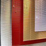 arreglo de persianas en Torrelodones. Venecianas de aluminio a medida de distintos colores y tamaño